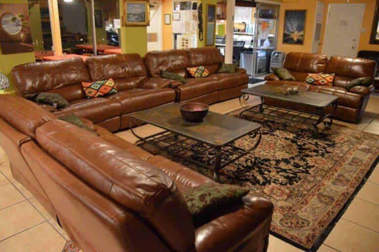 Summerhouse Detox Facility Living Room 2