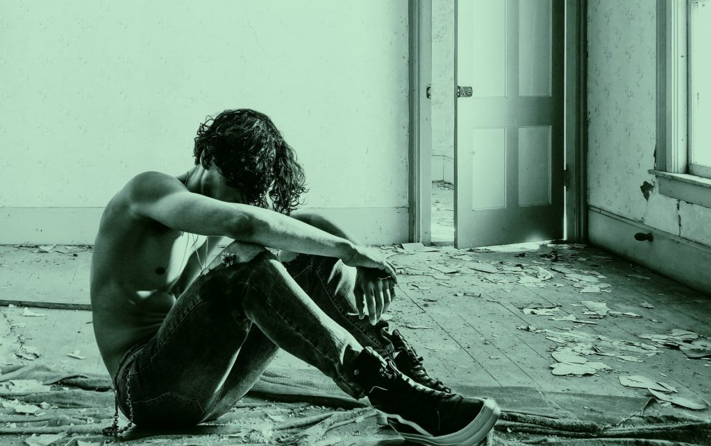 signs of alcohol abuse to look out for in a loved one